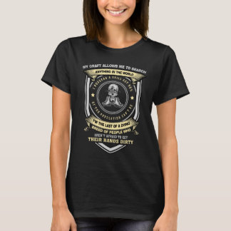Search Anything in the world Librarian t-shirt
