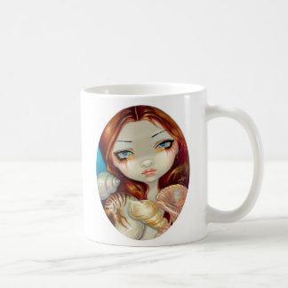 """""""Seashell Beauty"""" Mug"""