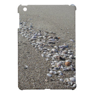 Seashells on sand. Summer beach background iPad Mini Case