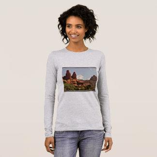 Sedona Red Rock Landscape Women's Tee