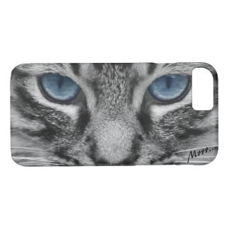 Serious Cat with Blue Eys iPhone 8/7 Case