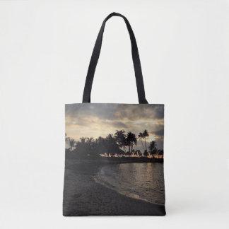 Setting Sun in Hawaii Tote Bag