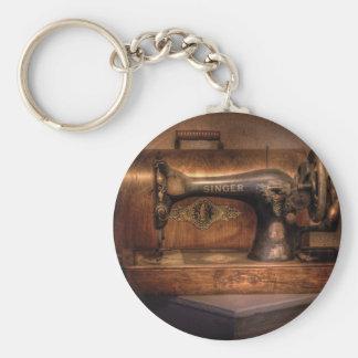 Sewing Machine  - Singer Basic Round Button Keychain