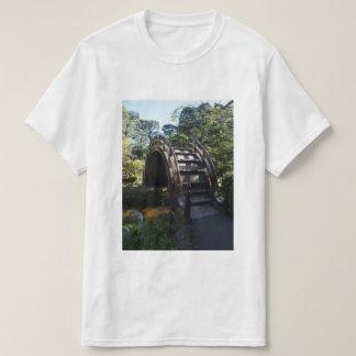 SF Japanese Tea Garden Drum Bridge T-shirt