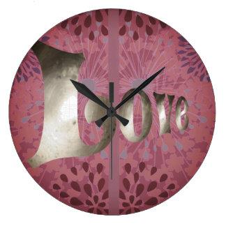 Shabby  Pink Love Clock