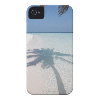 Shadow of a palm tree on a deserted island beach Case-Mate iPhone 4 cases