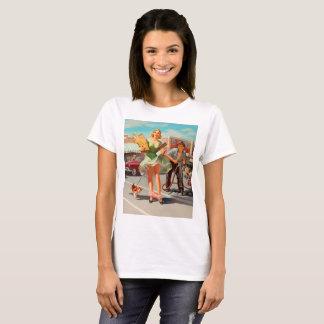 Shake down funny retro pinup girl T-Shirt