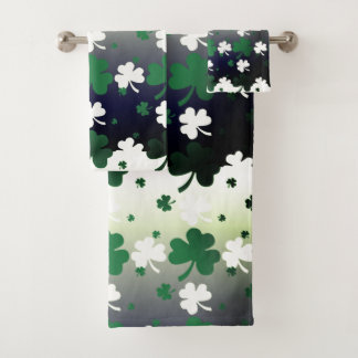 Shamrocks, Green and White on Gradated Field Bath Towel Set