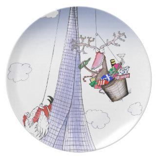 ShardArt Heave-Ho by Tony Fernandes Plate