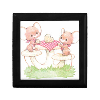 Sharing Is Caring Spring Summer Mice Jewelry Boxes