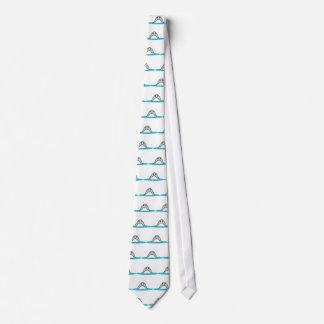 Shark nose tie