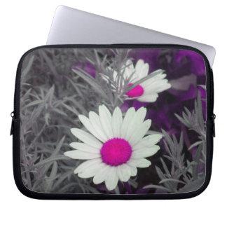 Shasta Daisies (w/Pink) Laptop Sleeve