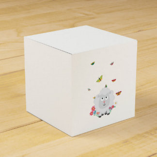 Sheep with flowers and butterflies Z1mk7 Favor Box