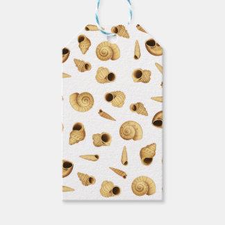 Shell pattern gift tags
