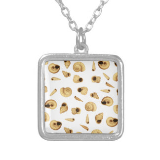 Shell pattern silver plated necklace