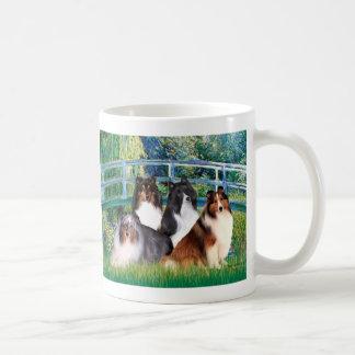 Shetland Sheepdog (four) - Bridge Coffee Mug