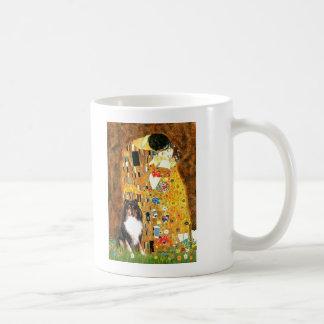 Shetland Sheepdog (Tri11) - The Kiss Coffee Mug