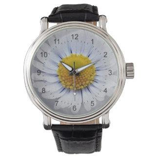 shining white daisy watch