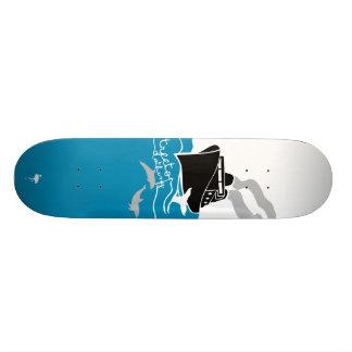 ship at sea skate board