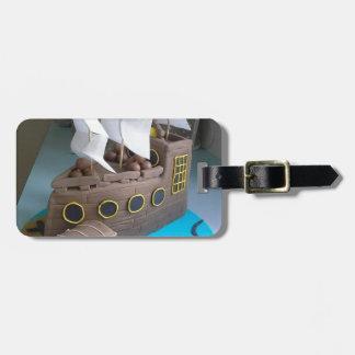 Ship cake 1 luggage tag