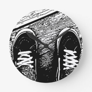 Shoes design round clock