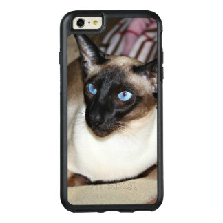 Siamese Cat Relaxing on Couch OtterBox iPhone 6/6s Plus Case