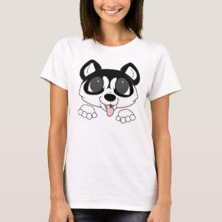 siberian husky peeking black and white T-Shirt