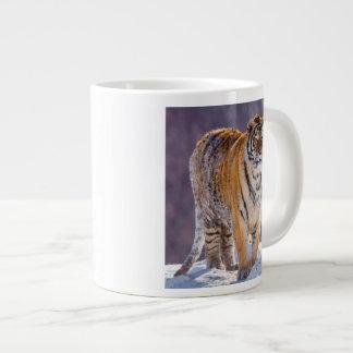 Siberian tiger in snow, China Large Coffee Mug