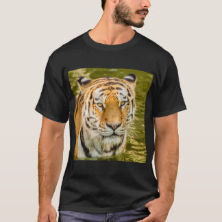 SIBERIAN-TIGER ON MEN'S T-SHIRT