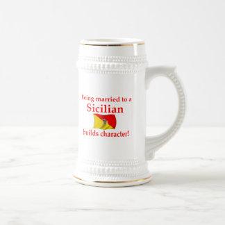 Sicilian Builds Character 18 Oz Beer Stein