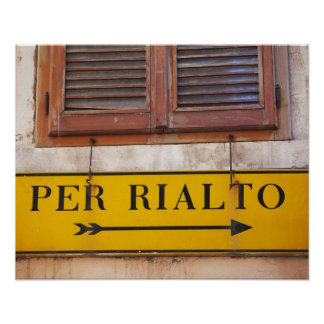 Sign pointing the way to the Rialto Bridge, Poster