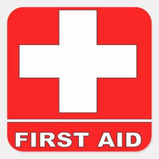 Signe rouge de premiers secours