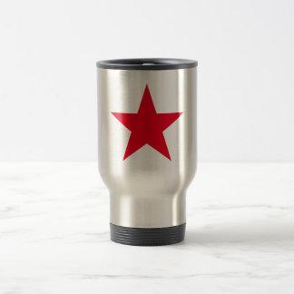 Signe rouge de symbole d'étoile de guerre mug de voyage