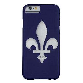 Silver Fleur-de-Lys on iPhone 6 Case