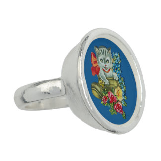 Silver plated ring with vintage kitten motive