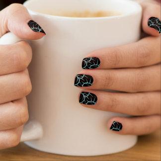 Silver spikes minx nail art