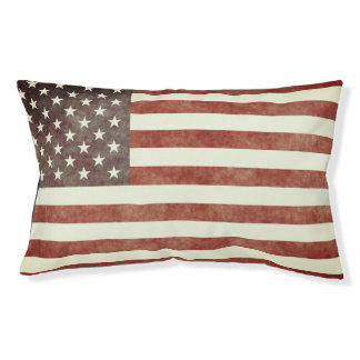 Simple and Patriotic Old American Flag Pet Bed