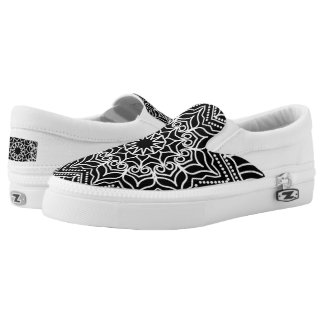 Simple black and white, mandala pattern Slip-On sneakers