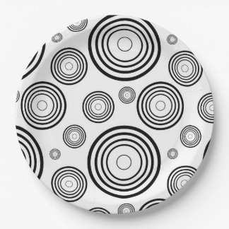 Simple Black and White Rings Paper Plate
