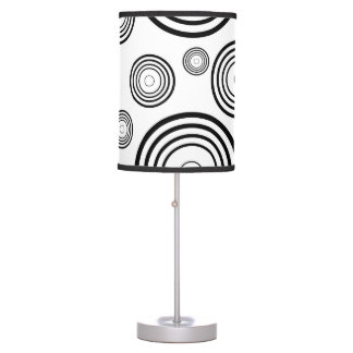 Simple Black and White Rings Table Lamp