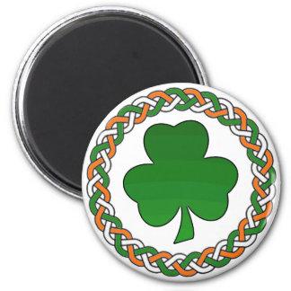 Simple celtic irish shamrock festive magnet