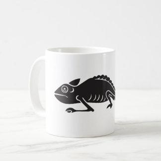 simple chameleon coffee mug
