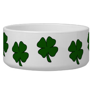 simple lucky four leaf clover design.png