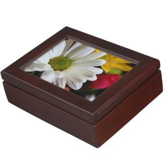 Simply Daisy Keepsake Box