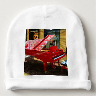 Simply red: grand piano baby beanie