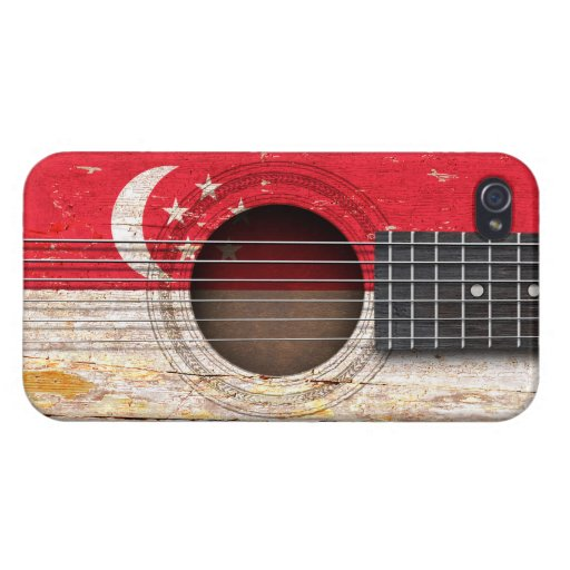 Singapore Flag on Old Acoustic Guitar iPhone 4/4S Case