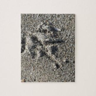Single footprint of seagull bird on beach sand jigsaw puzzle