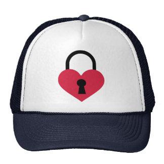 Single heart lock trucker hat