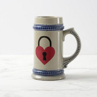 Single heart lock mugs