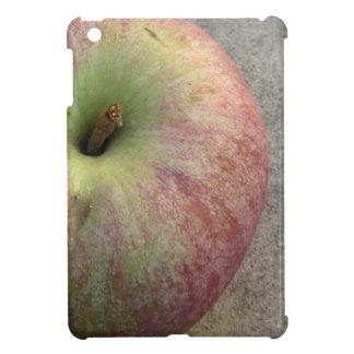 Single ripe apple case for the iPad mini